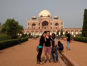 QEII Scholars at Humayun's Tomb, Delhi